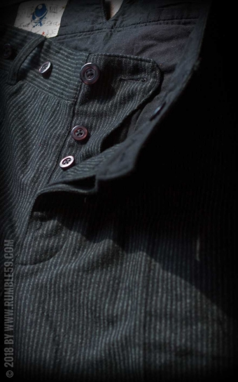 Vintage Loose Fit Pants Sacramento - gestreift schwarz/grau