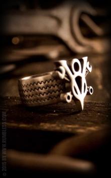 Stainless Steel Ring V8